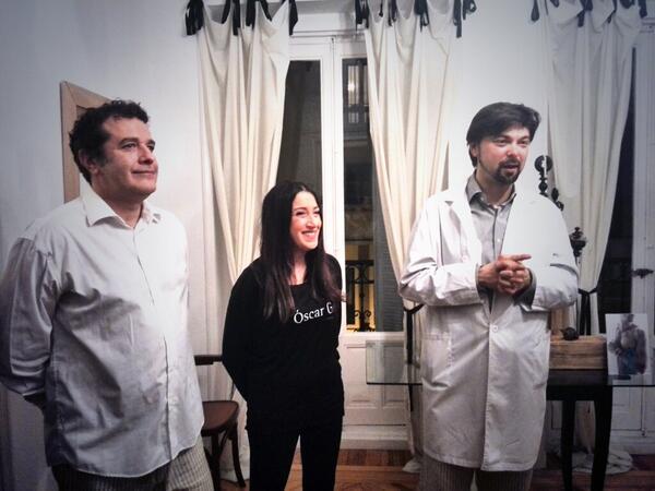 Los Anfitriones: Thinko Jewelry, Peluqueros Oscar G y Marcos Garaban.