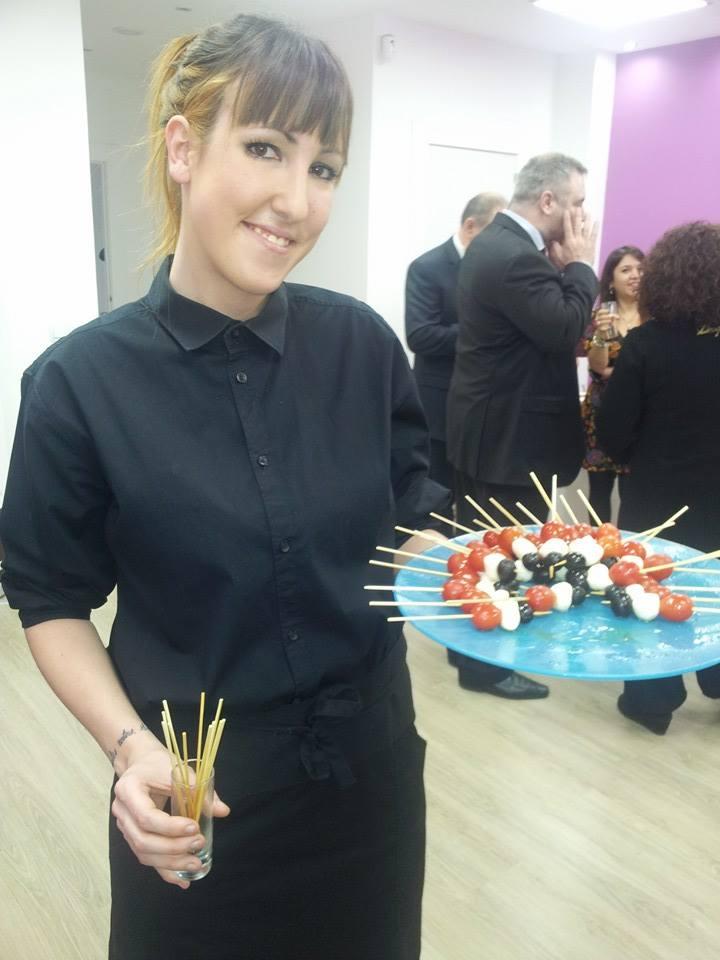 Sandra, una de las chicas del catering.  © Vida Austera