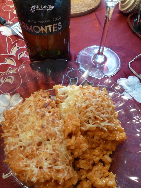 Risotto gratinado con un delicioso y elegante Godello.