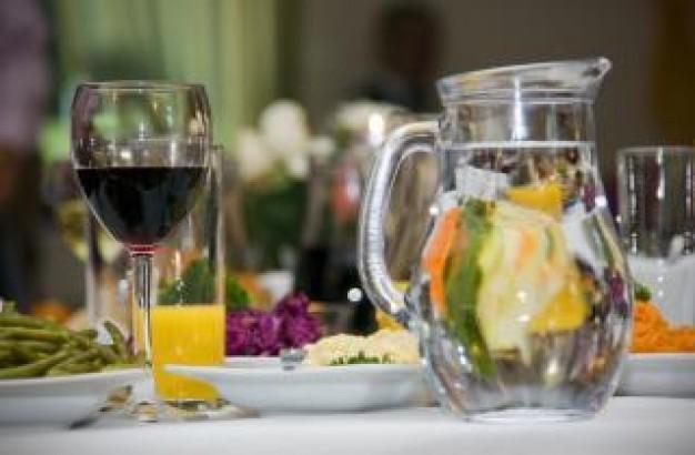 mesa-de-partidos--el-vino_19-113836