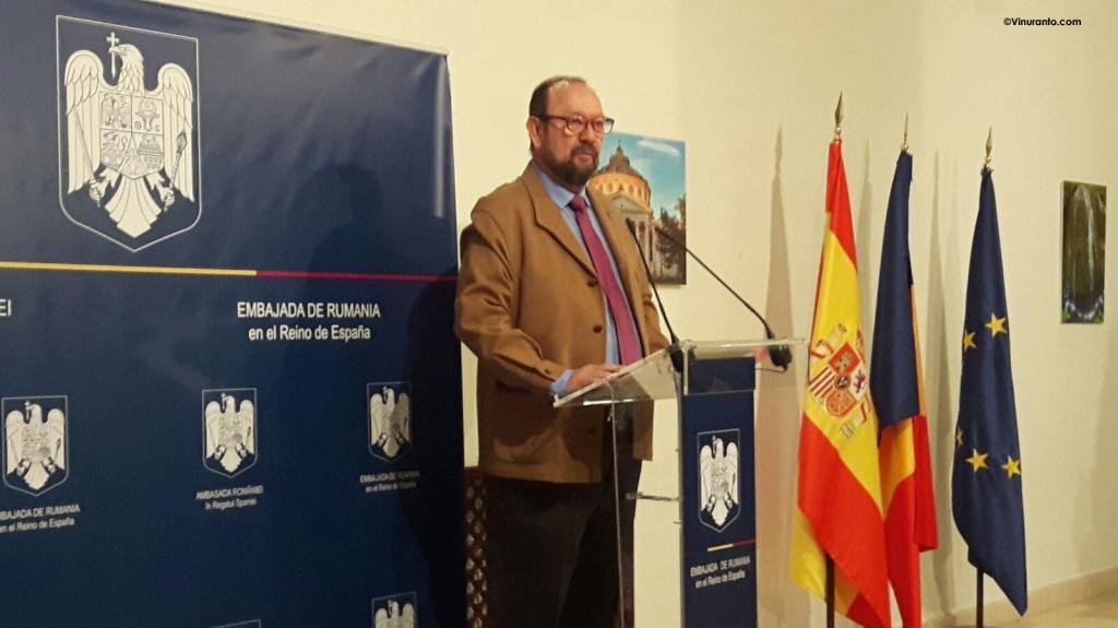 Ernesto Gallud, autor de Sin Malauva